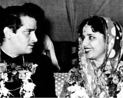 Geeta Balli and Shammi Kapoor in heir marriage.